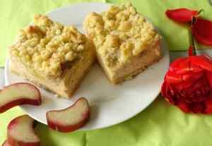 Rhabarber-Cheesecake mit Streuseln-1