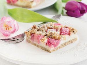 frischen-rhabarber-kaesekuchen-backen-1